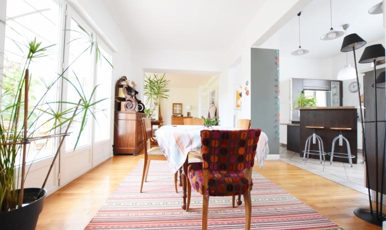 BOURG LA REINE – Maison 6 pièces de 175 m² + studio de 20 m²