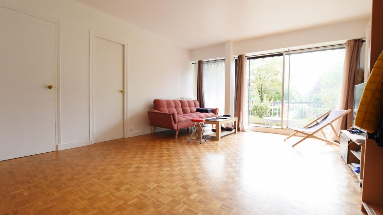 BOURG LA REINE – Appartement Studio / 2 pièces +terrasse